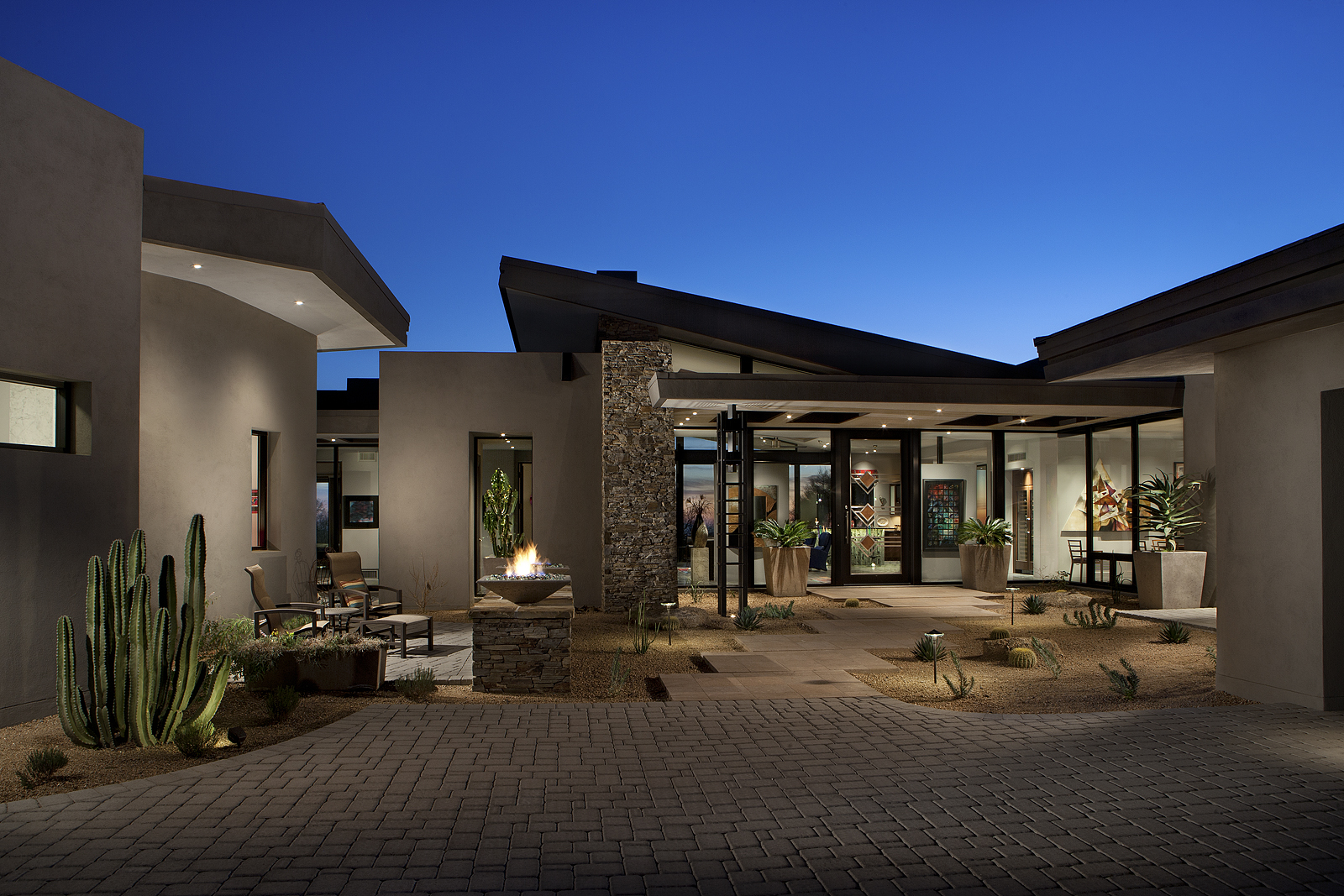 Project feature contemporary desert mountain estate phx for Modern architecture homes